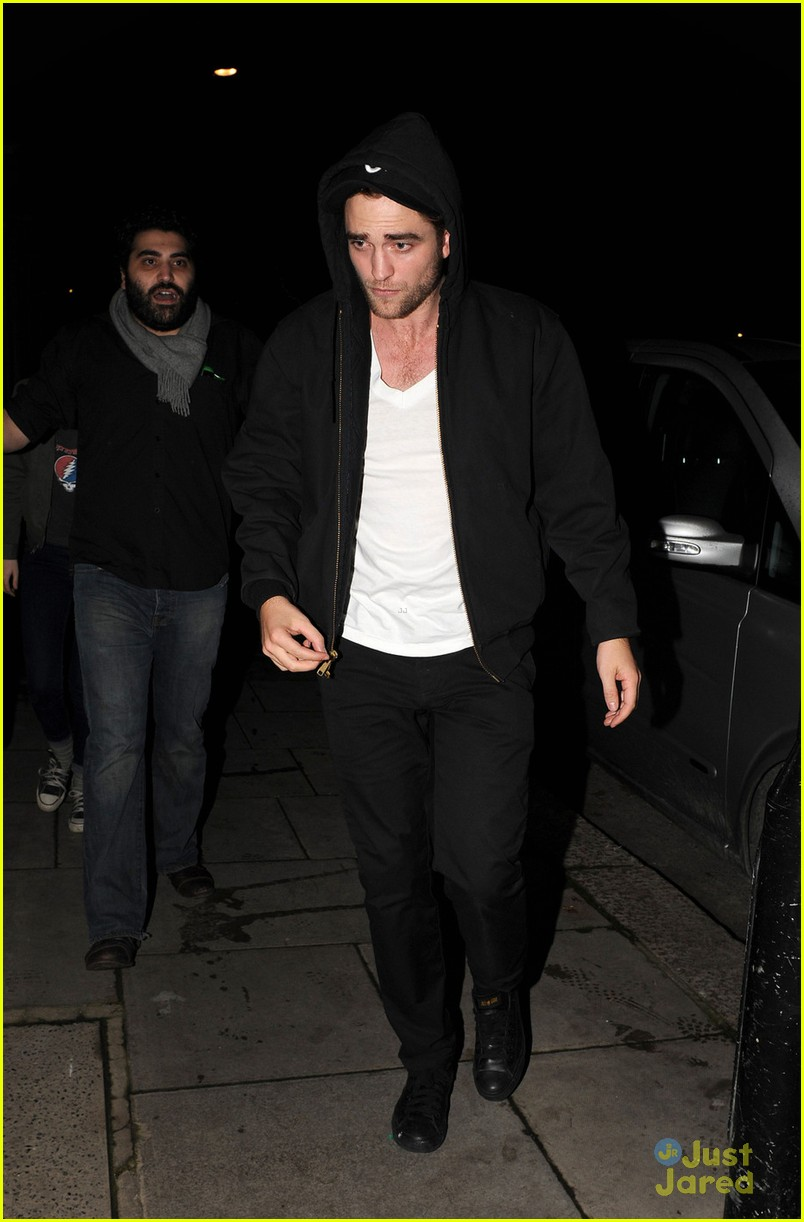 robert pattinson kristen stewart dingwalls 05