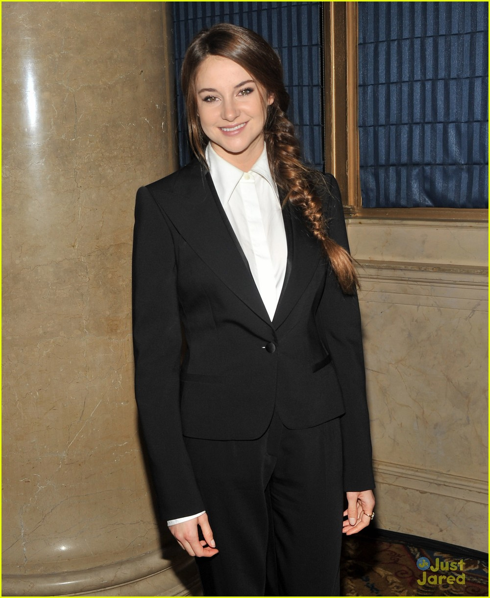 shailene woodley gotham awards 06