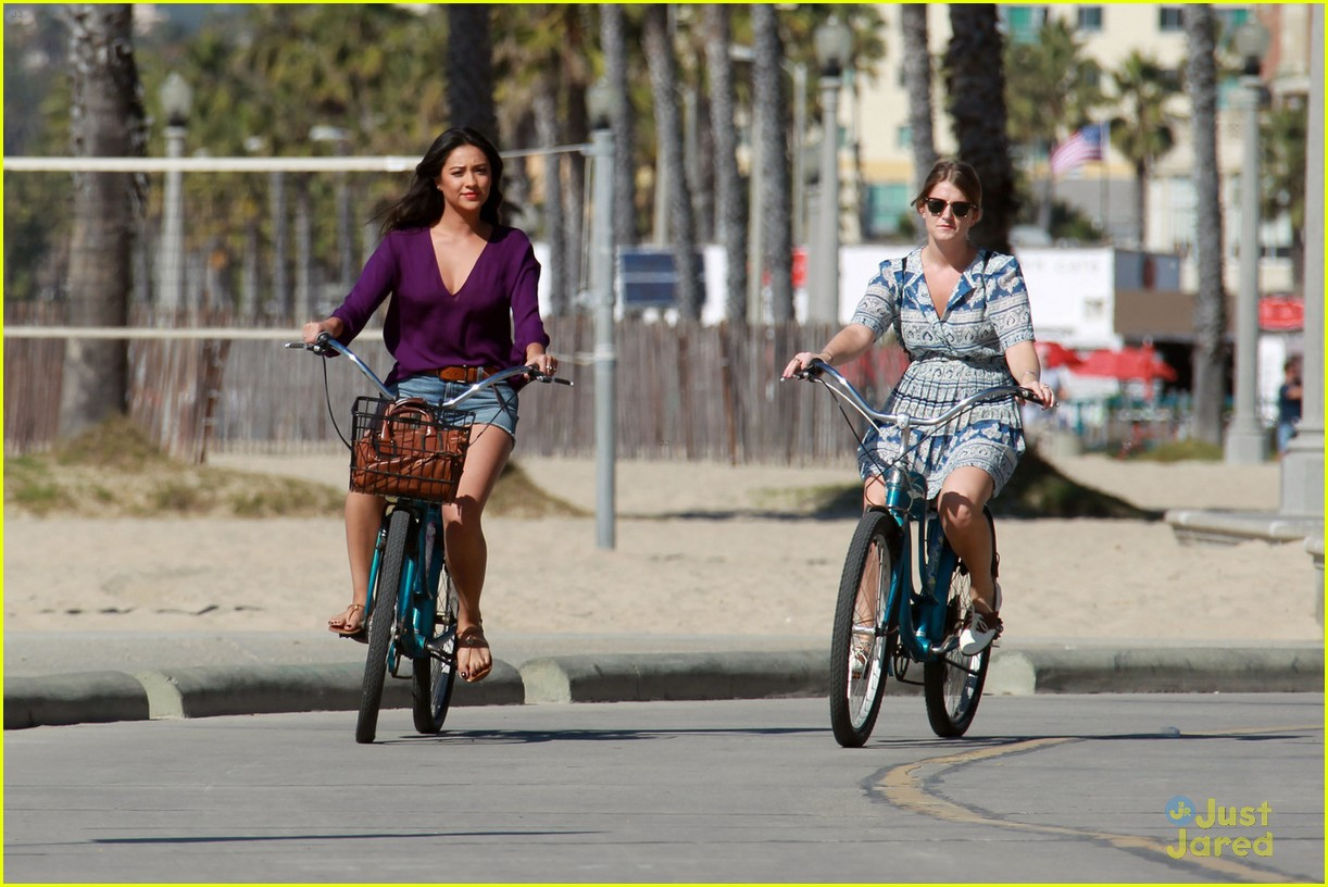 shay mitchell bike ride 04
