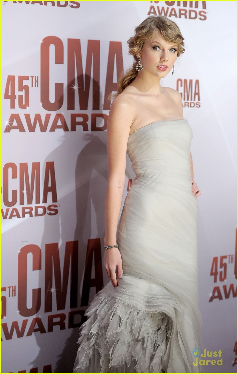 taylor swift cma awards 03