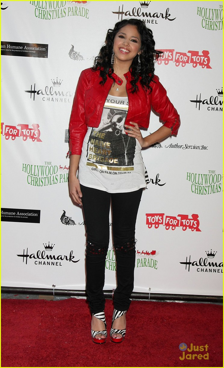 jasmine v xmas parade 02