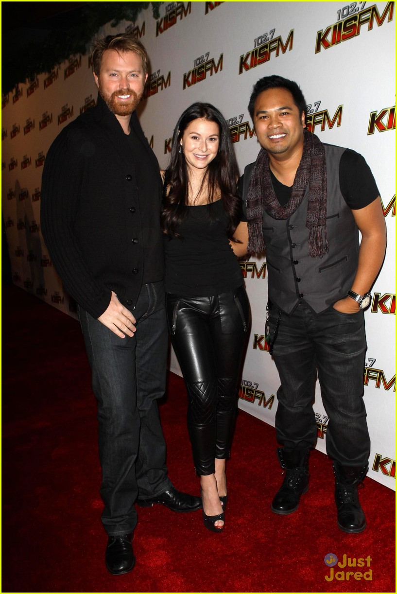 alexa vega sean covel jingle ball 02
