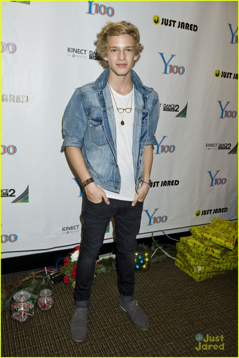 cody simpson y100 jingle ball 03
