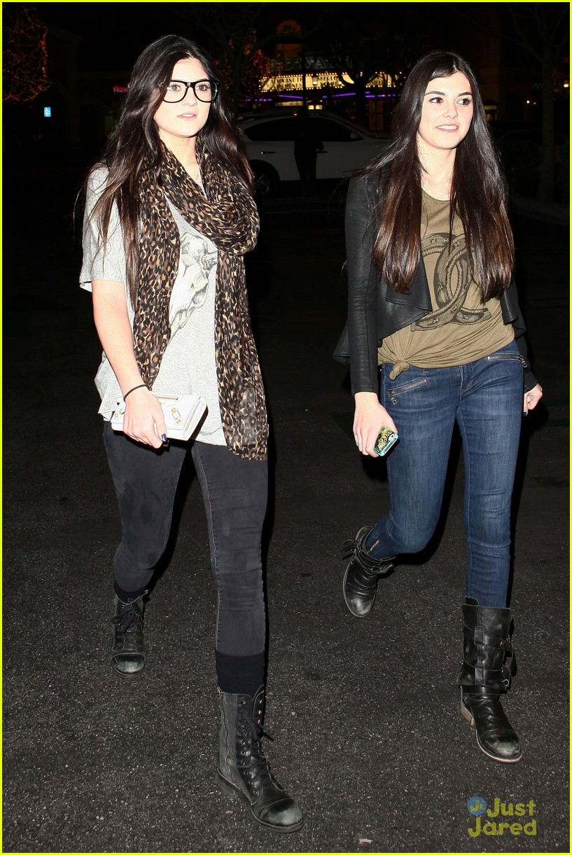 kendall kylie jenner movie night 05