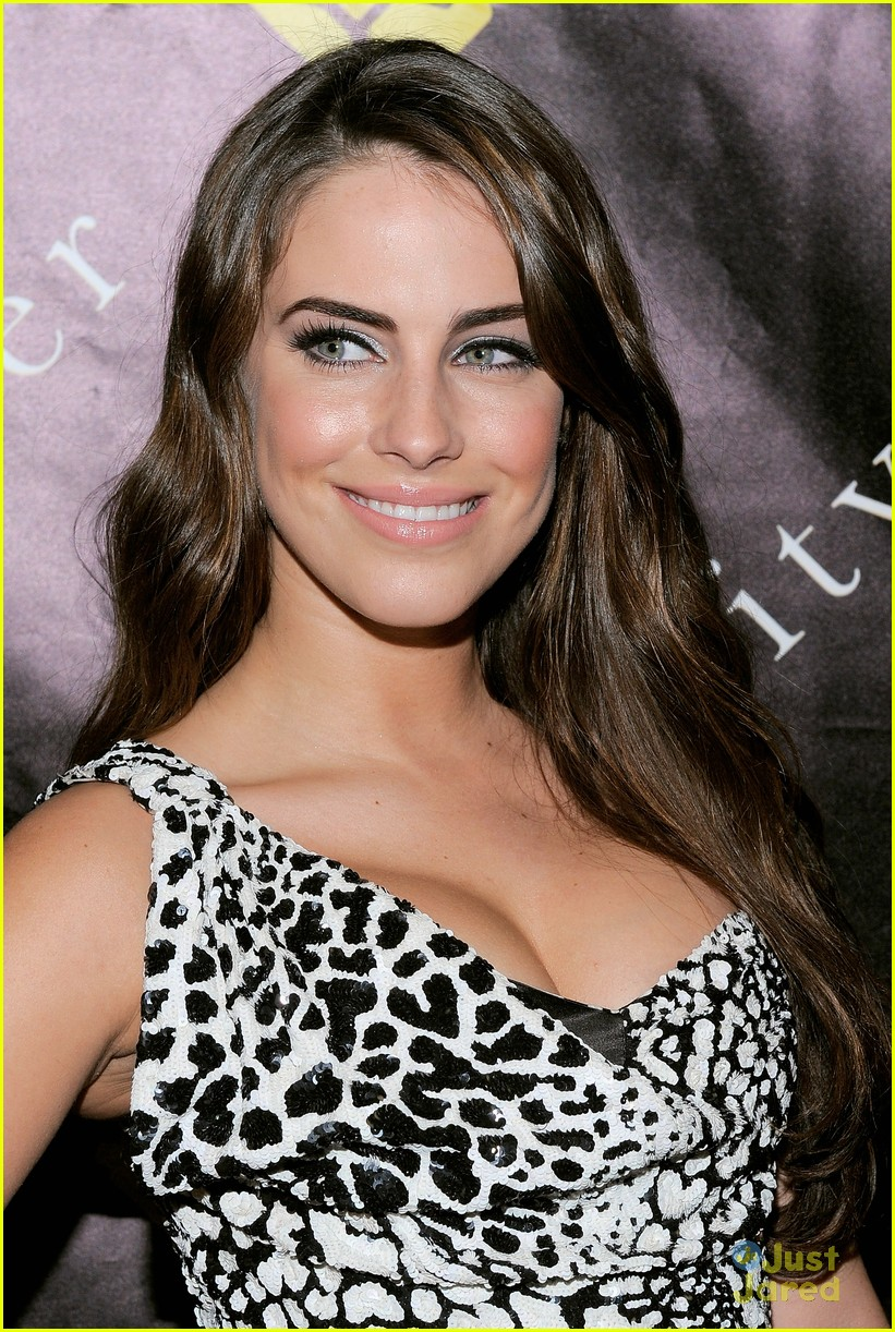 jessica lowndes charity ball 08