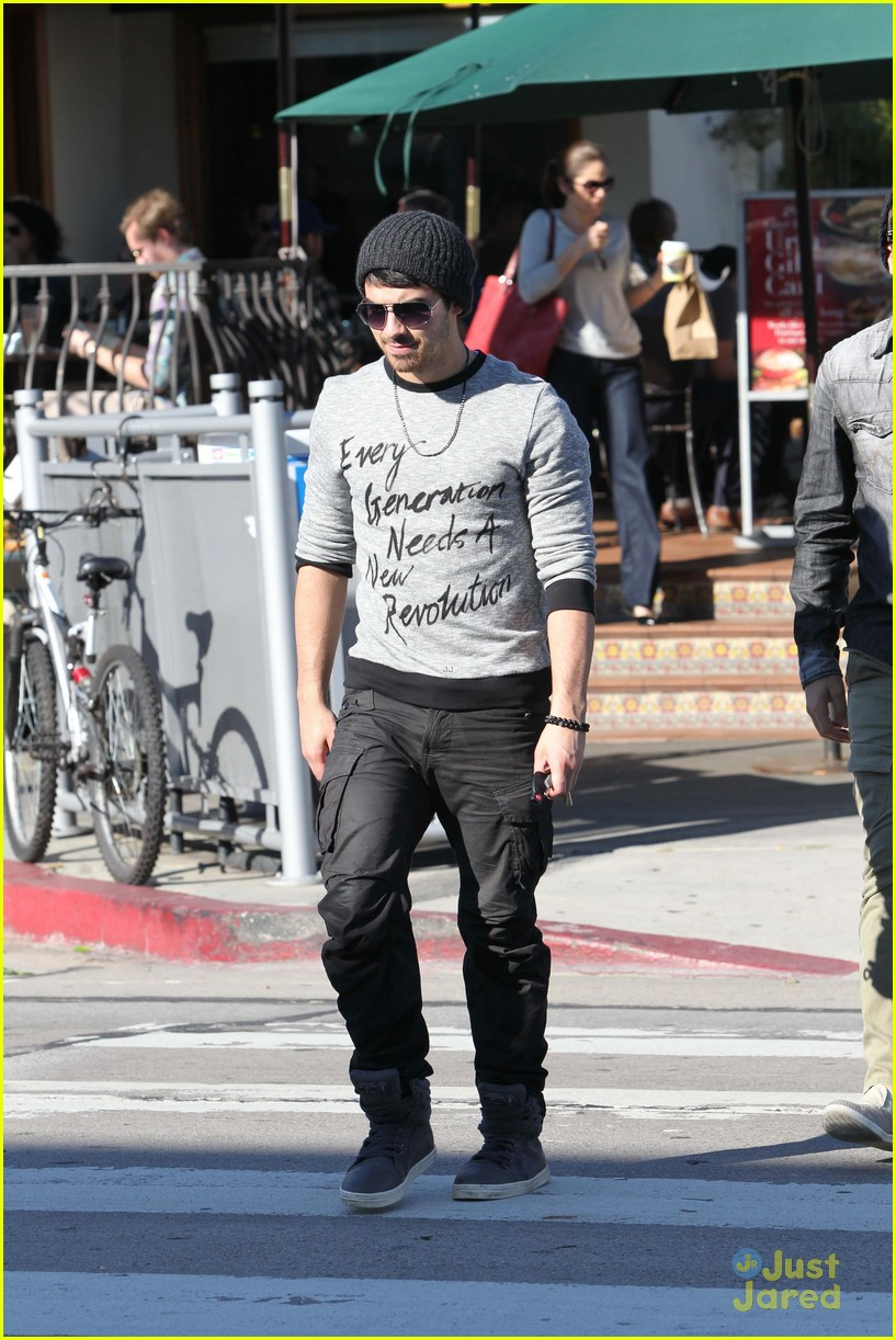 joe jonas new revolution 01