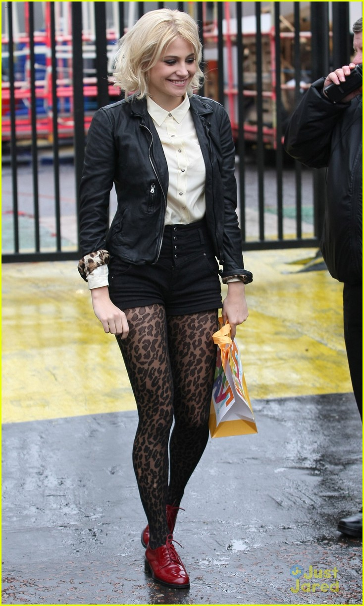 pixie lott itv morning 03
