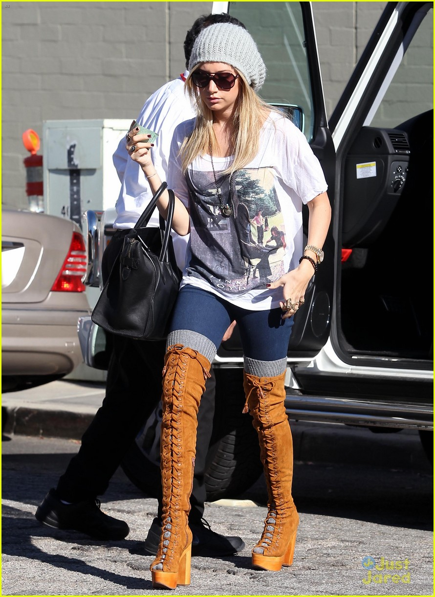 ashley tisdale lace boots shopping 12