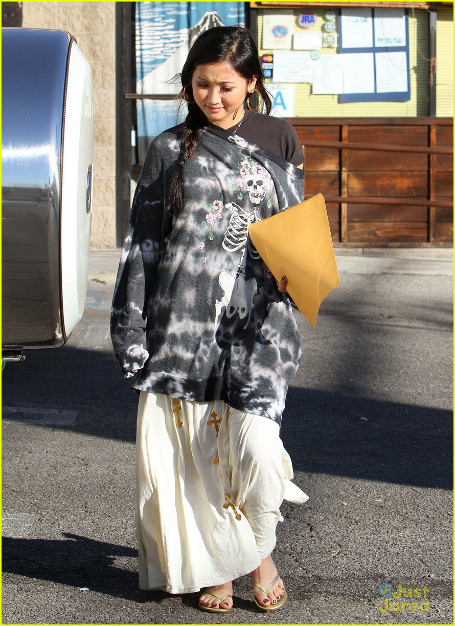 brenda song skull sweater 10