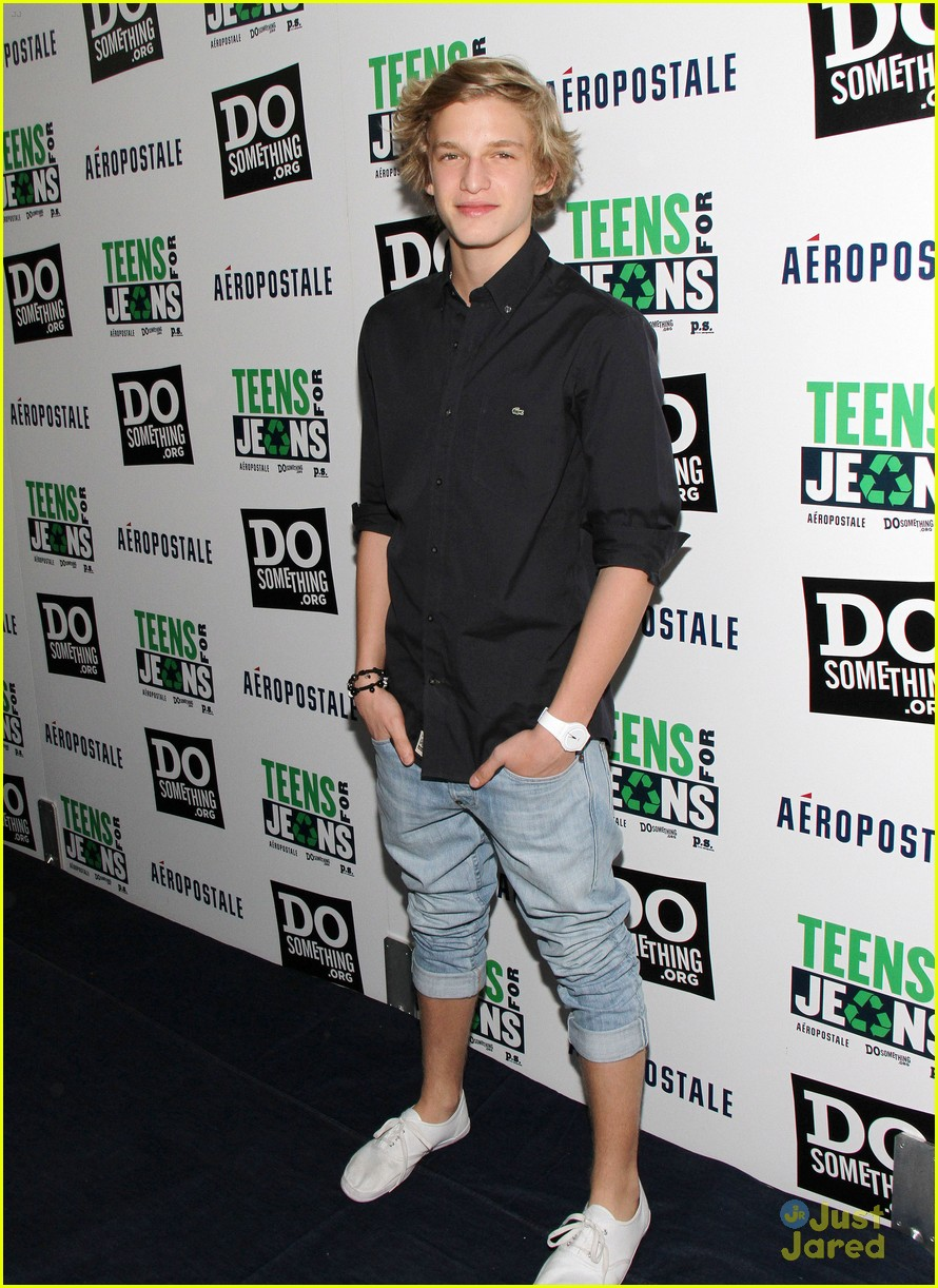 cody simpson teens jeans 04