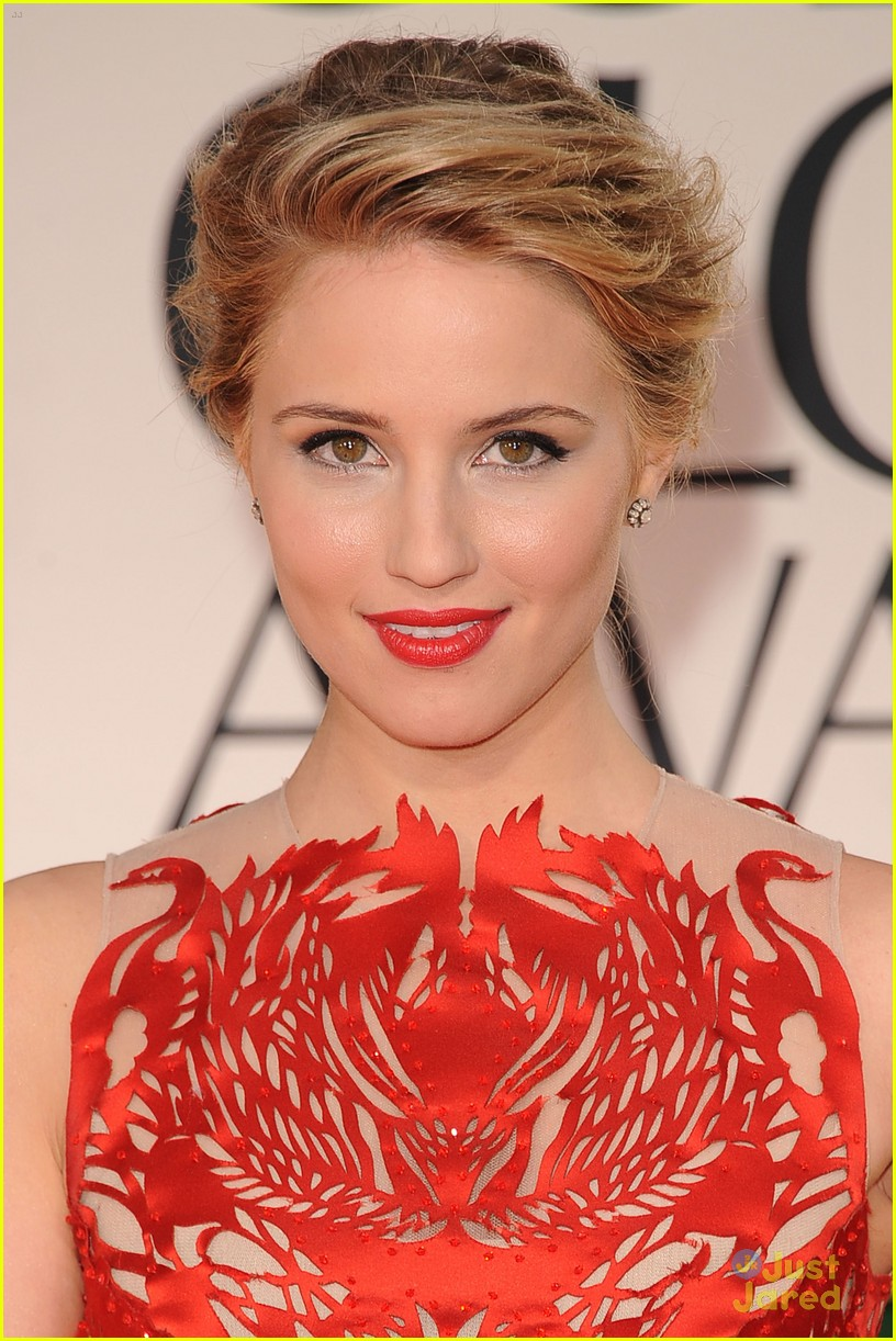 dianna agron golden globes 10