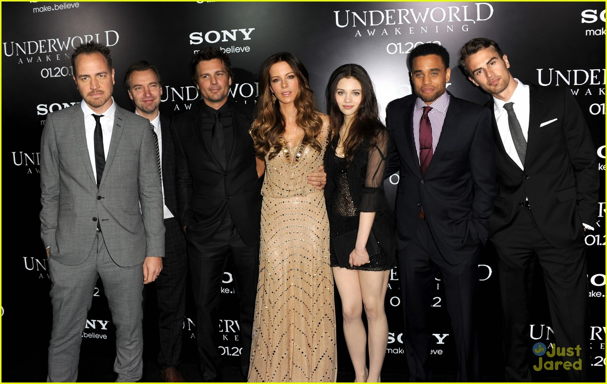 india eisley underworld premiere 03