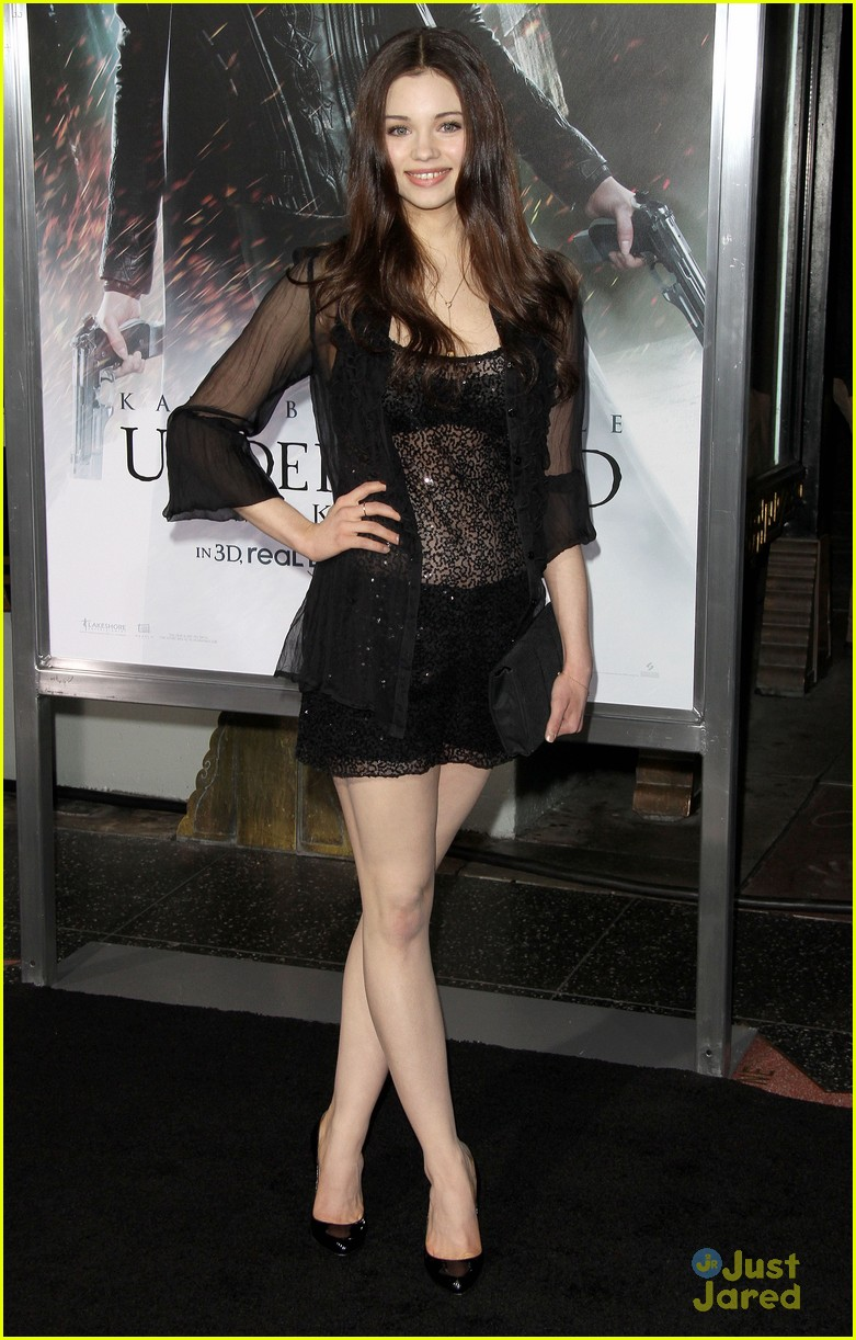 india eisley underworld premiere 05