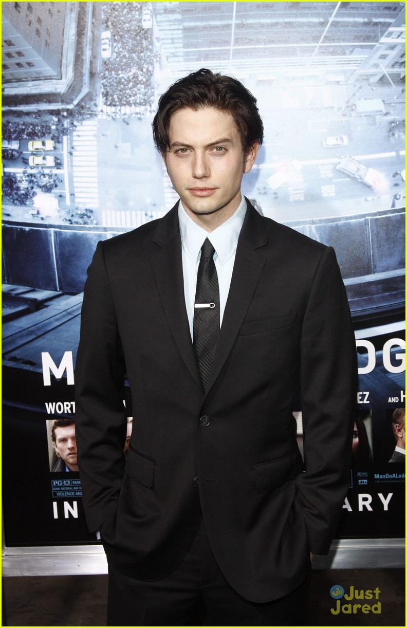 jackson rathbone man ledge 15