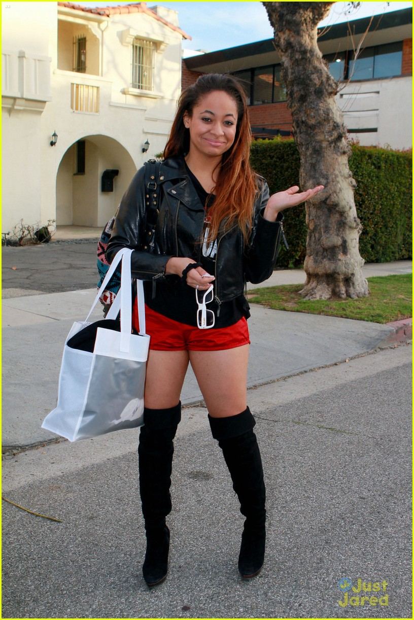 raven symone lady red 06