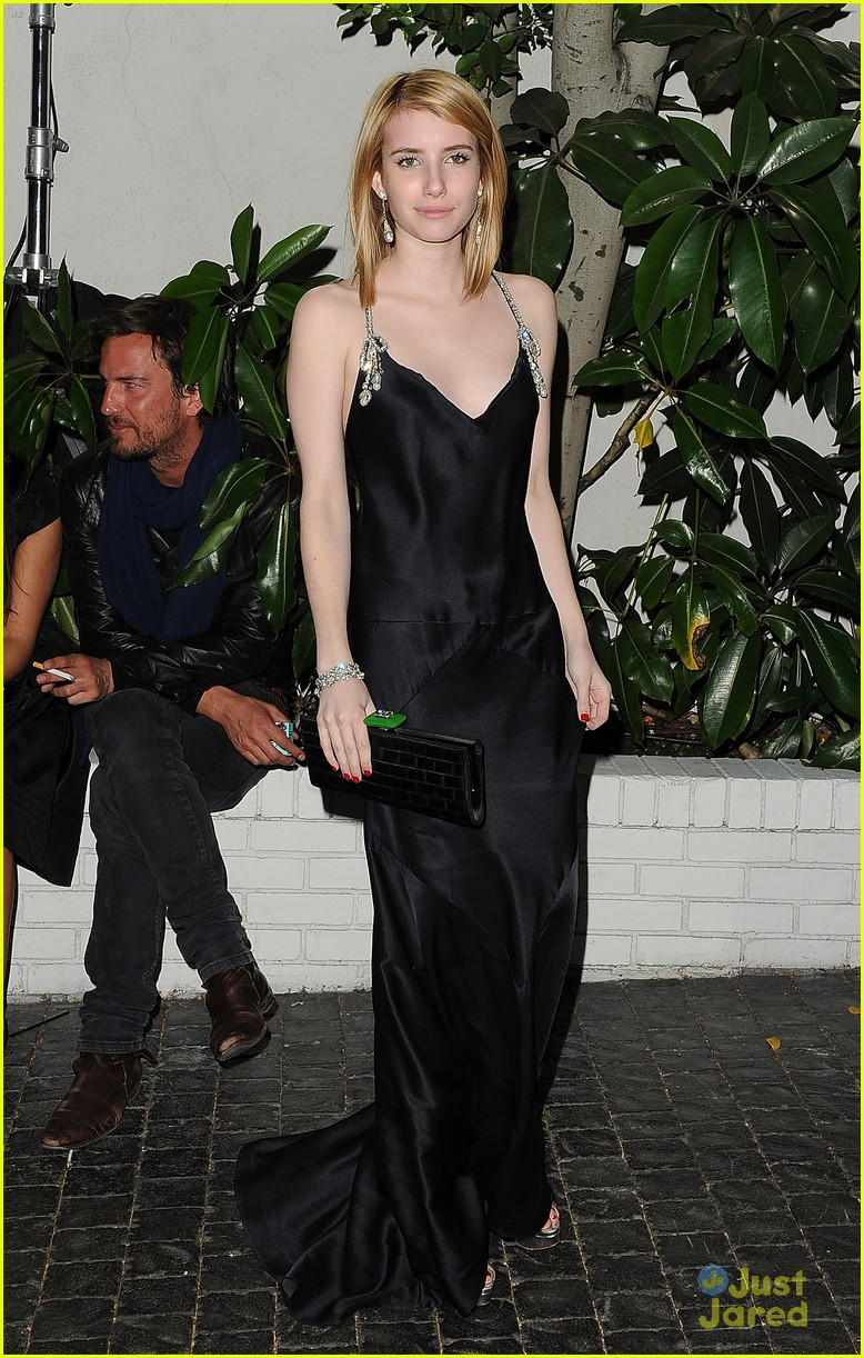 emma roberts w mag party 01