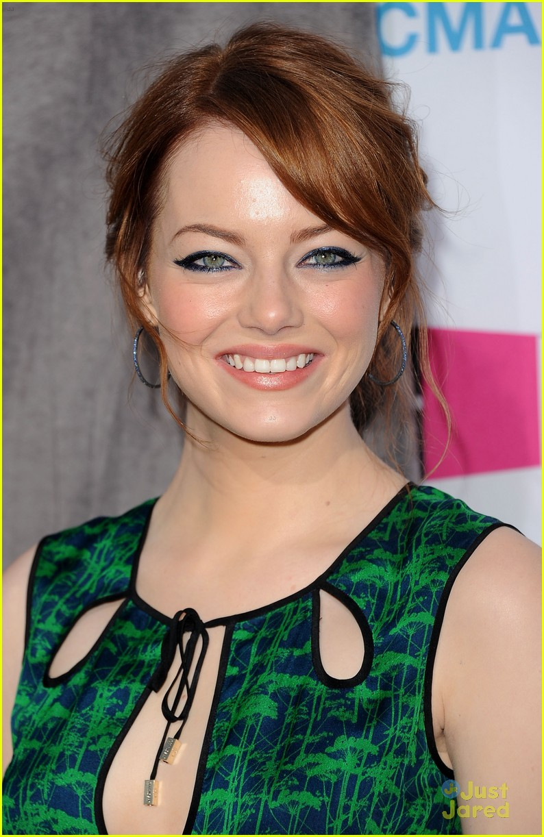 emma stone critics choice 02