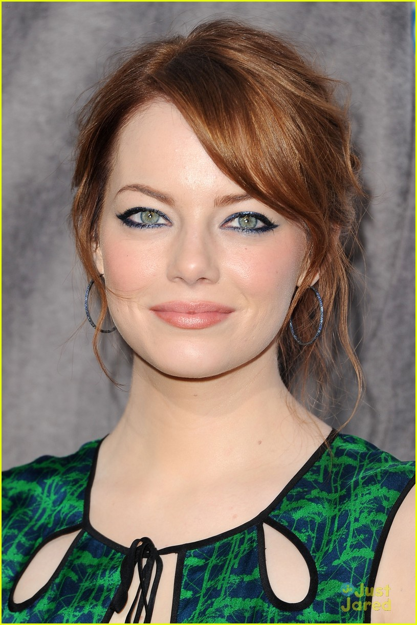 emma stone critics choice 08