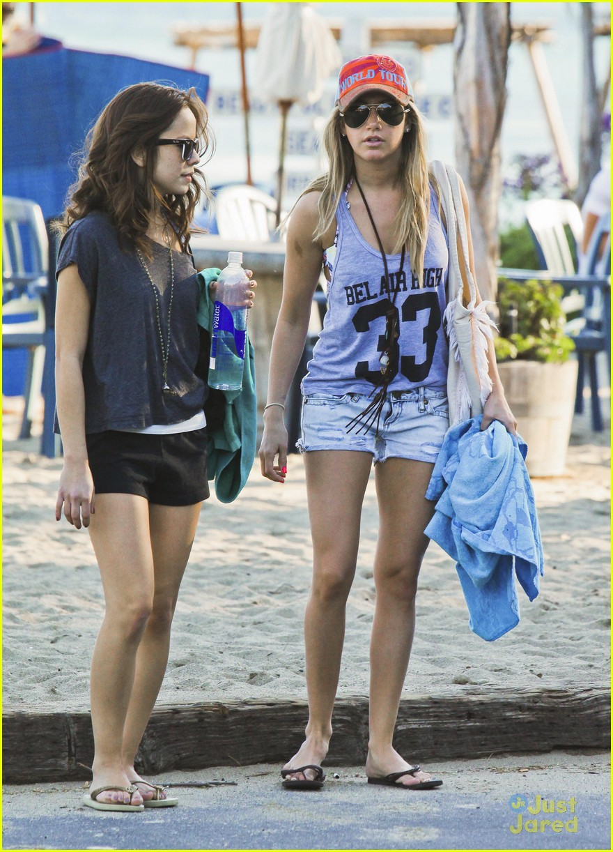 ashley tisdale kim hidalgo malibu 10