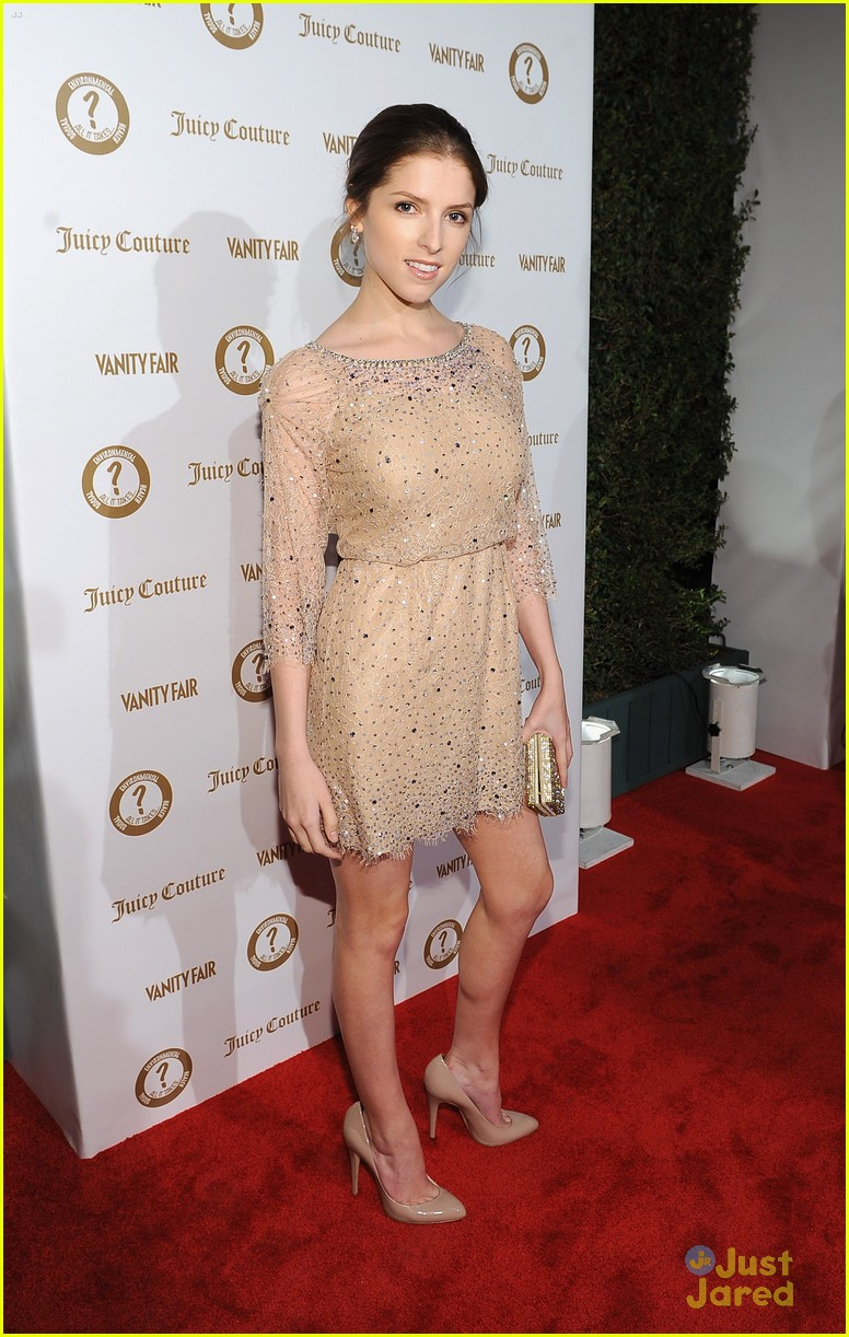 anna kendrick vanities party 01