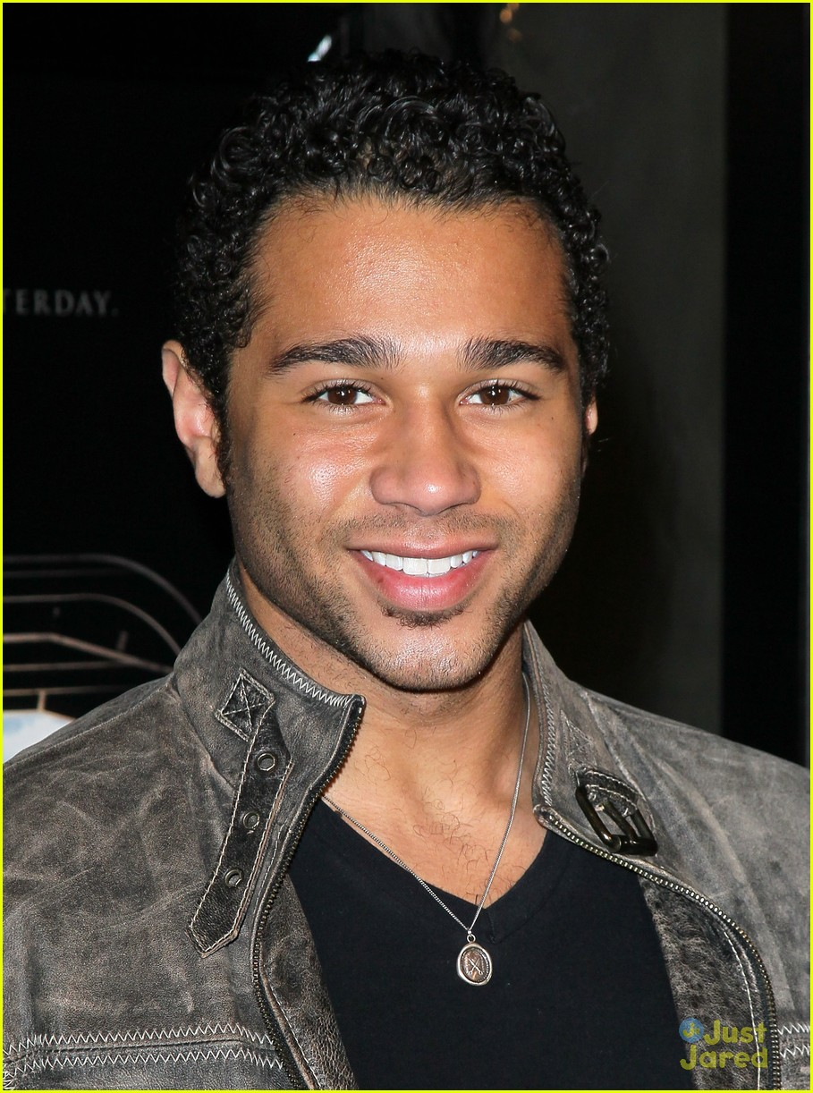corbin bleu act valor 02
