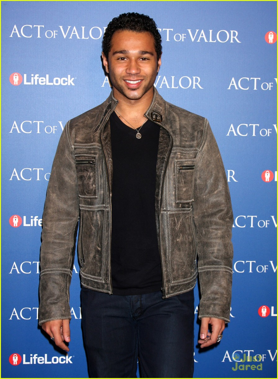 corbin bleu act valor 07