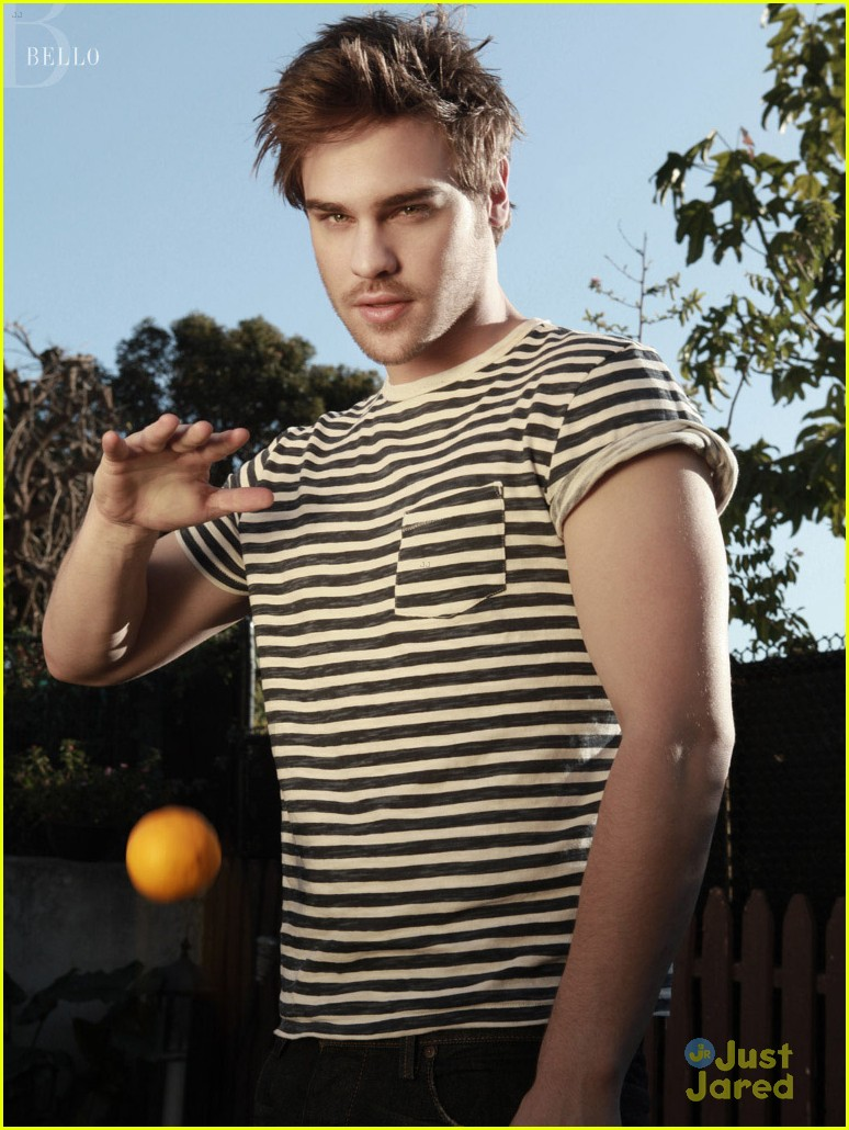 grey damon bello mag 01