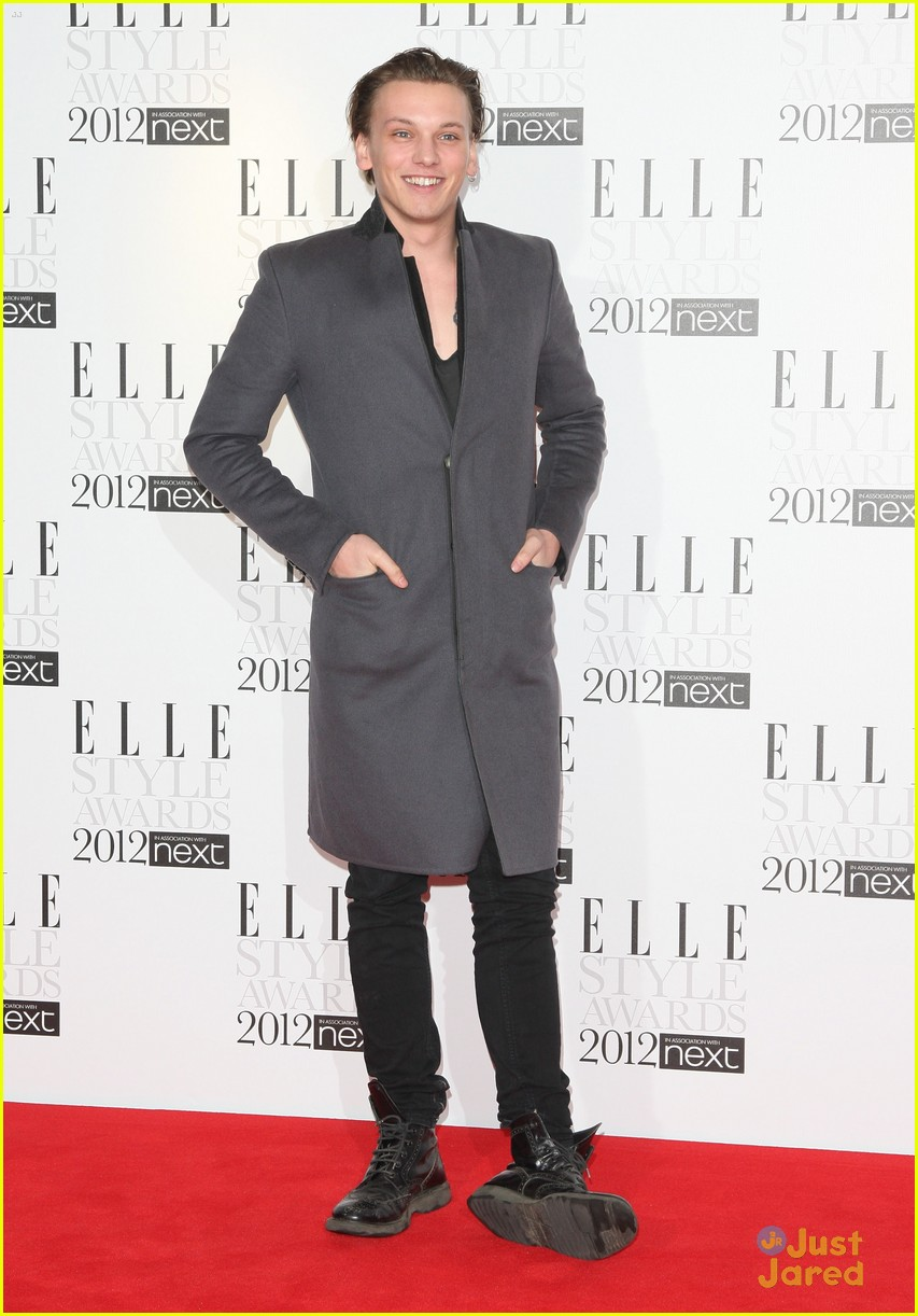 jamie campbell bower elle style awards 02