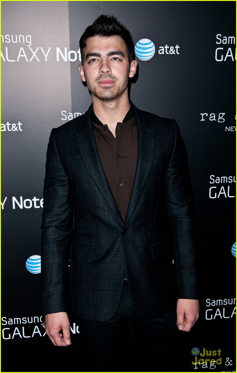 joe jonas samsung note 08
