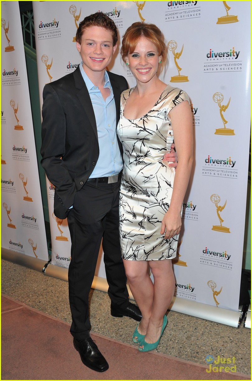katie leclerc and sean berdy dating the. Black Bedroom Furniture Sets. Home Design Ideas