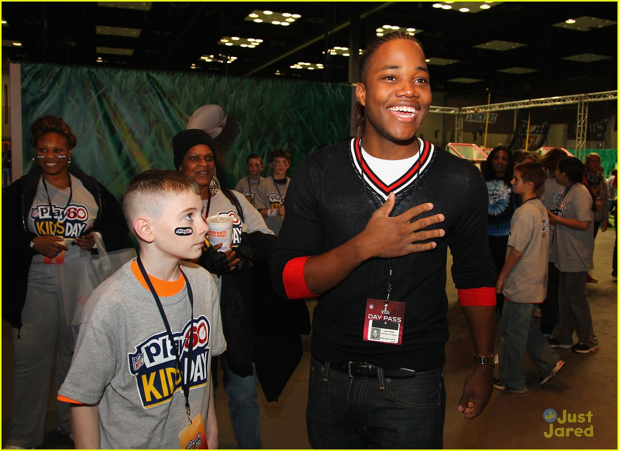 leon thomas kids day superbowl 07