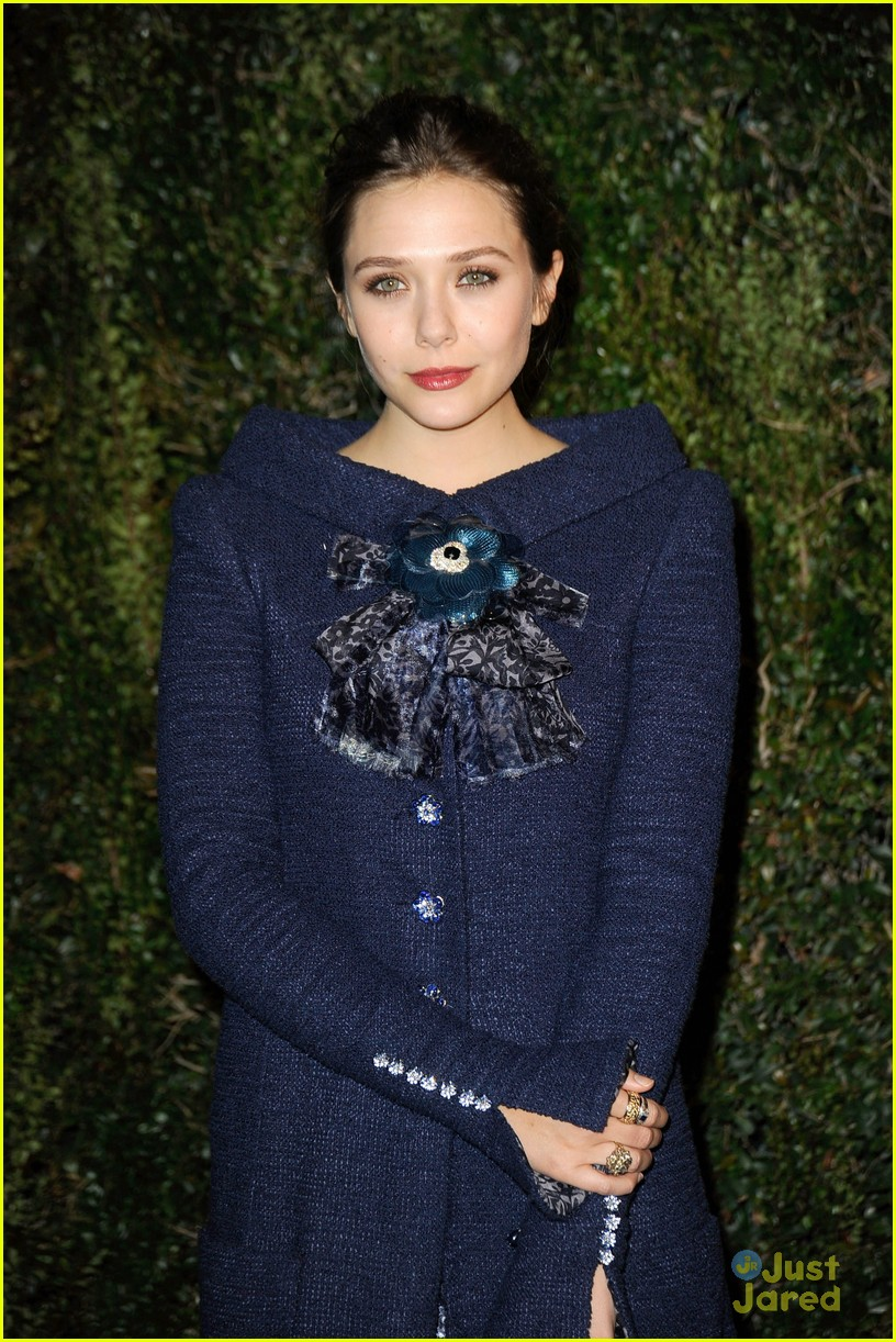 elizabeth olsen vf party 04