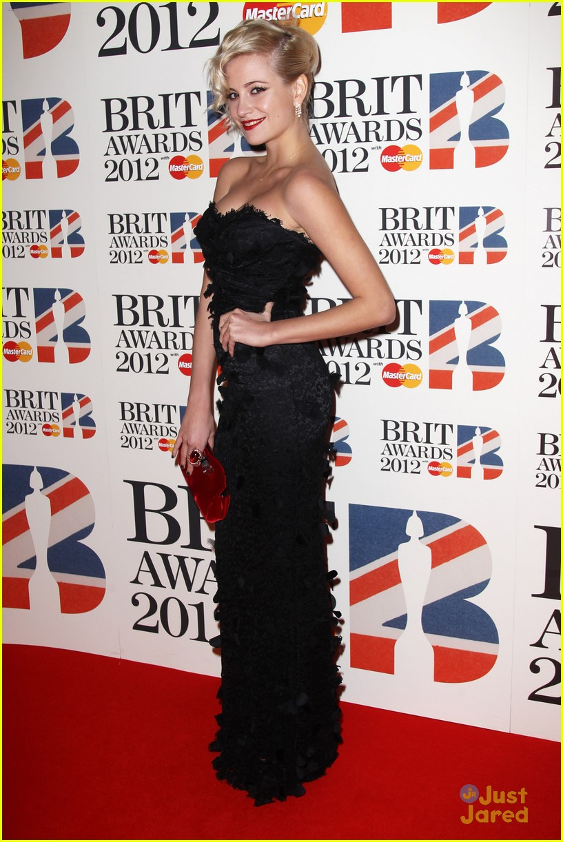 pixie lott brit awards 01