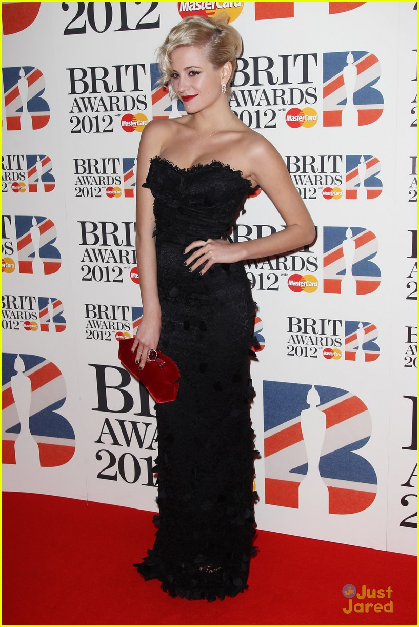 pixie lott brit awards 12