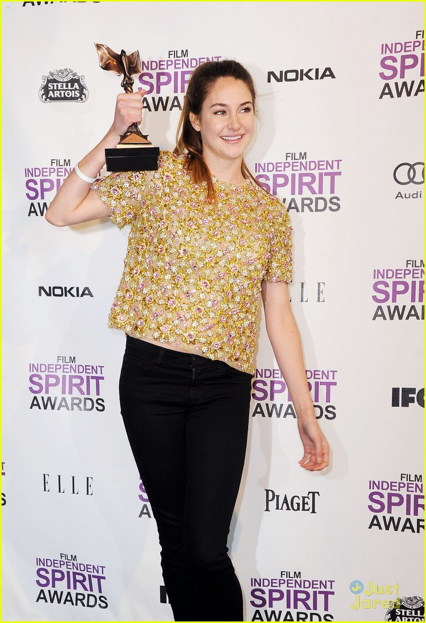 shailene woodley spirit awards 05