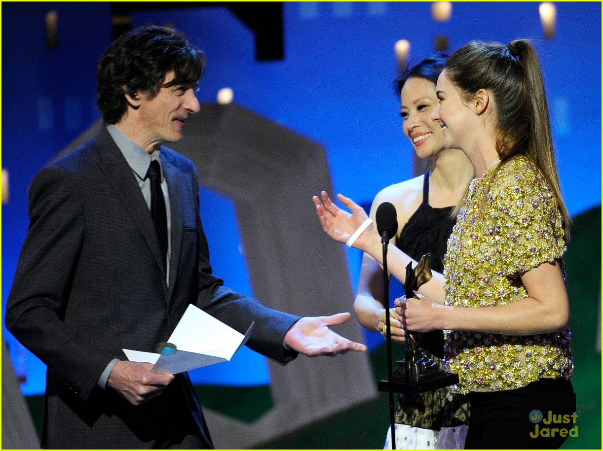 shailene woodley spirit awards 15