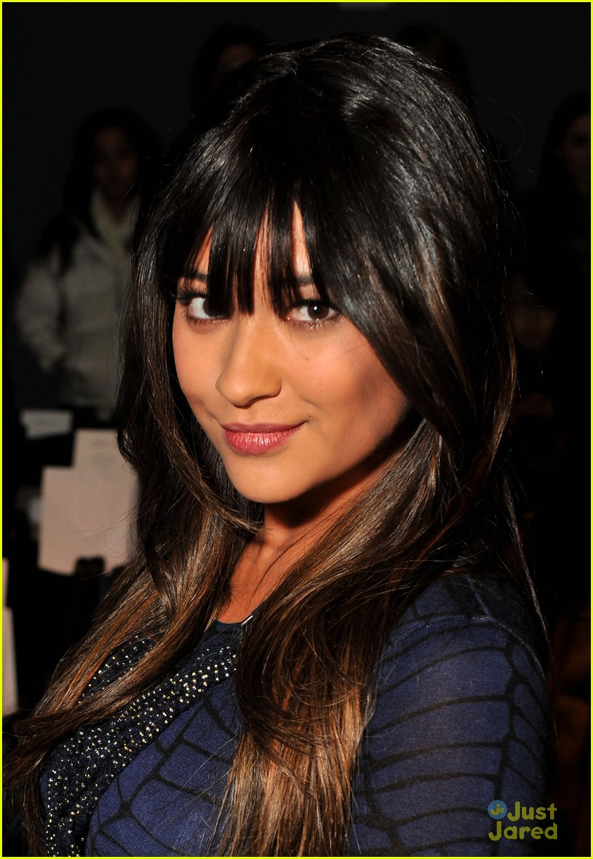 shay mitchell lela rose 10