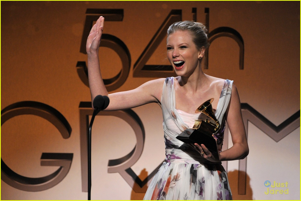 taylor swift 2012 grammys 07
