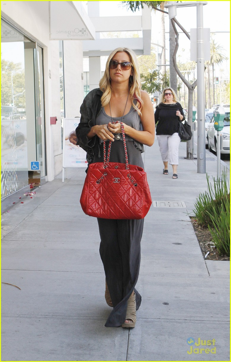 ashley tisdale ejaf party 18