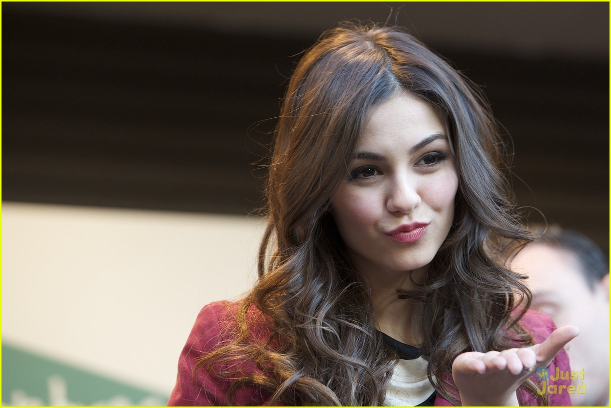 victoria justice el corte 03