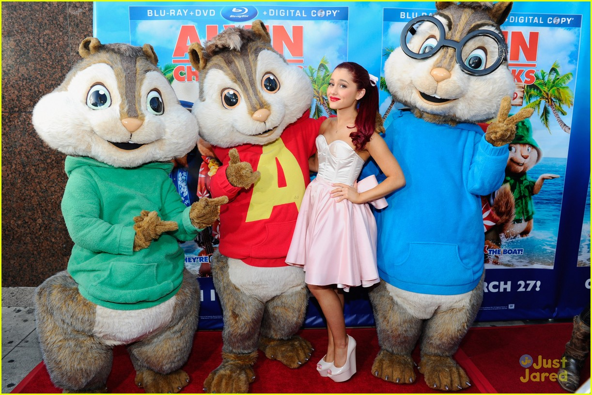 ariana grande alvin performance 13
