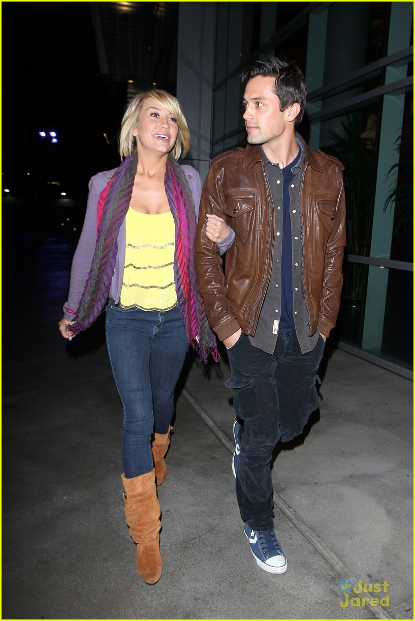 chelsea kane stephen colletti walk 01