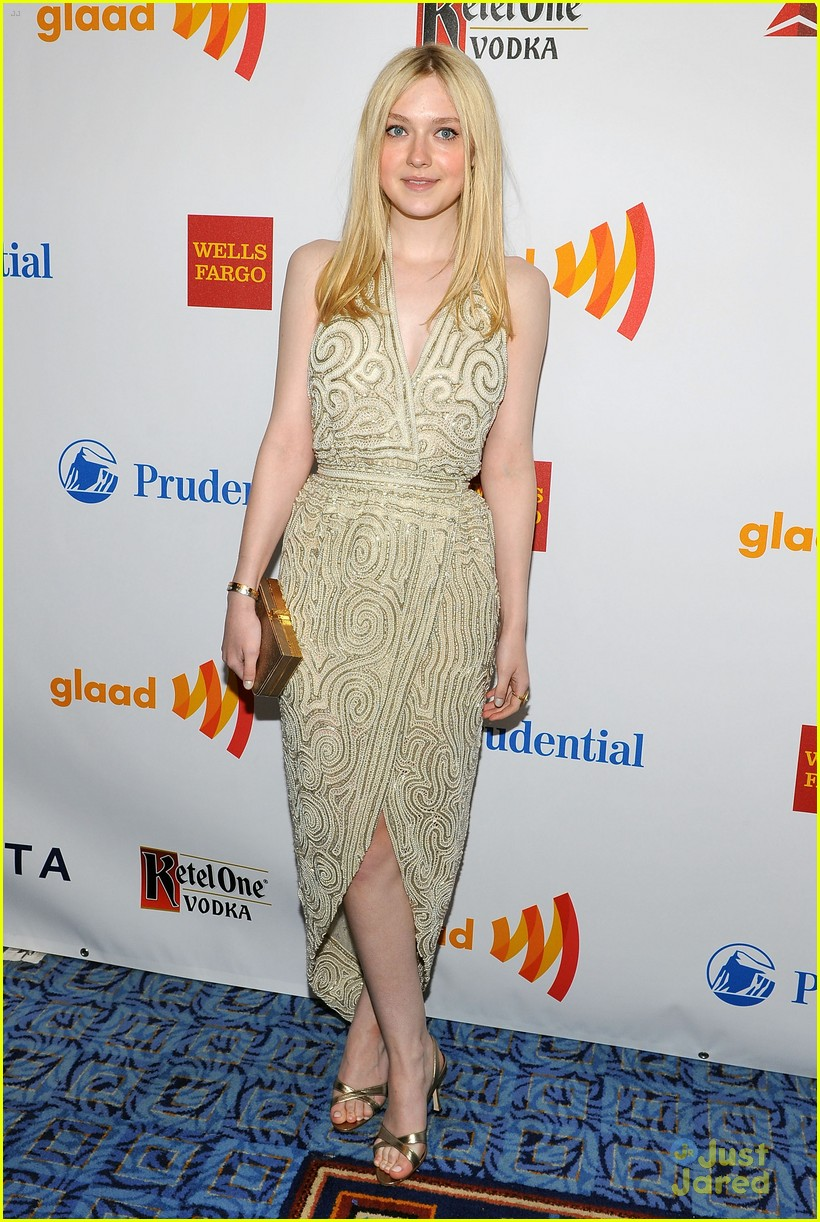 dakota fanning glaad awards 06
