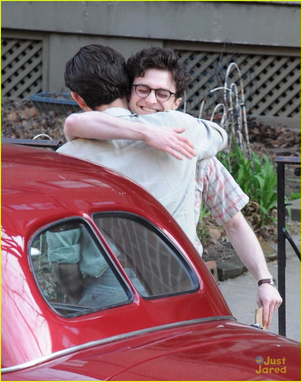 daniel radcliffe kill hug set 03