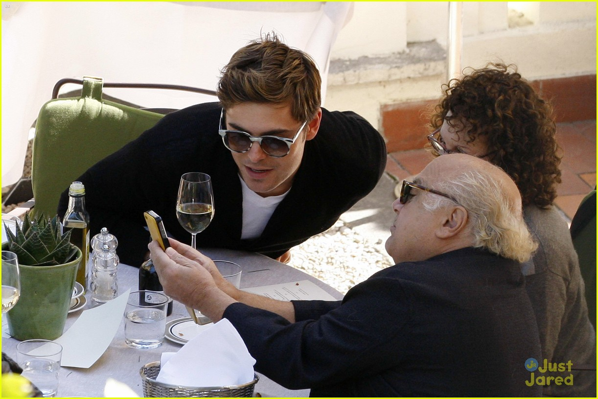 zac efron eats rome lorax 01