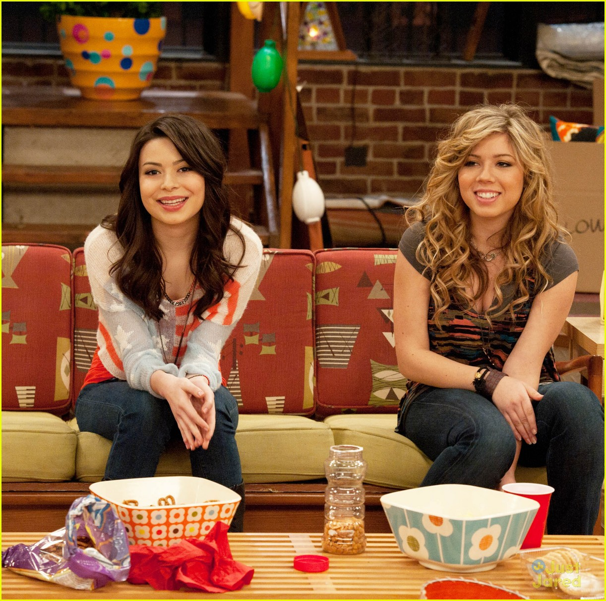 icarly moves out 01