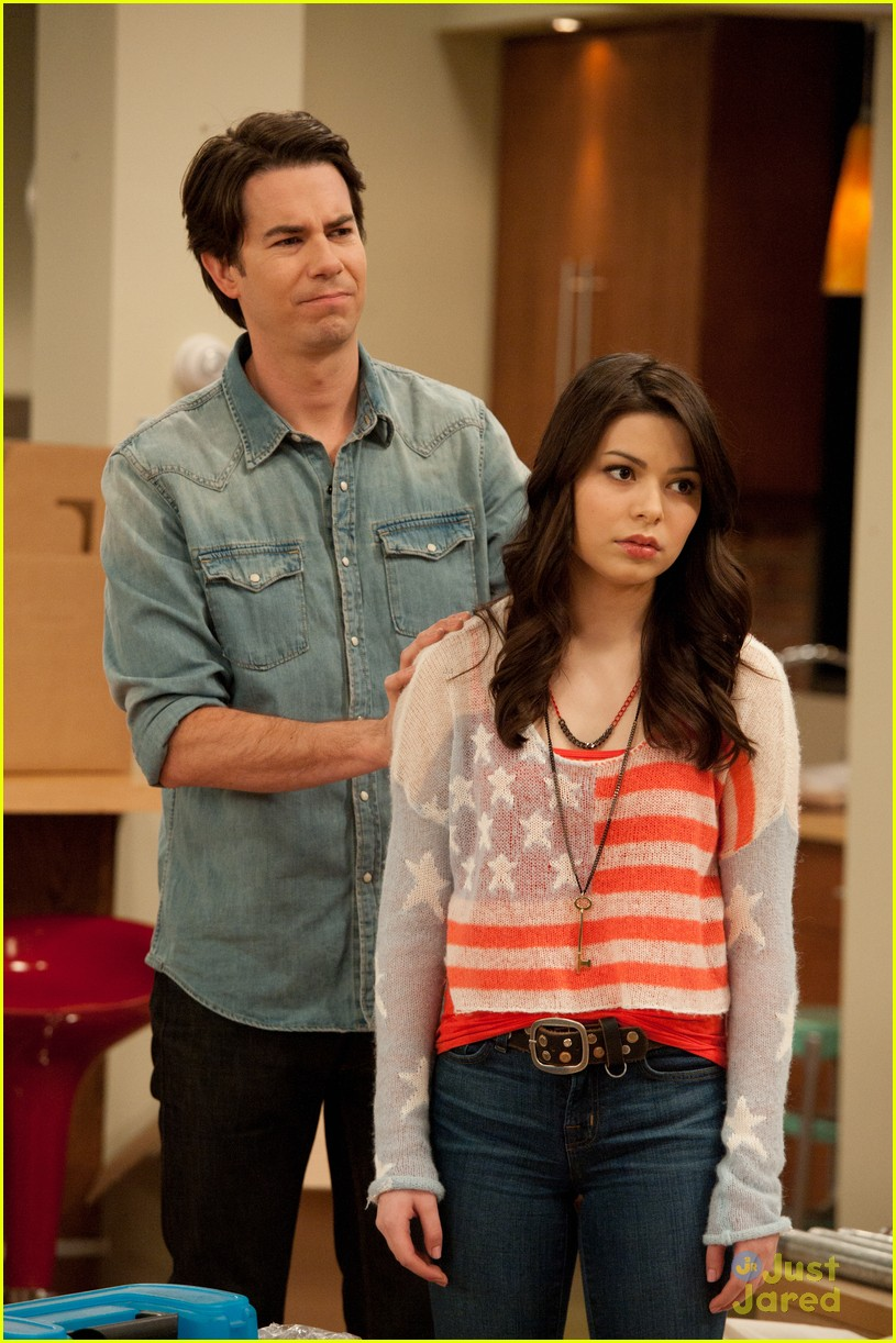 icarly moves out 05