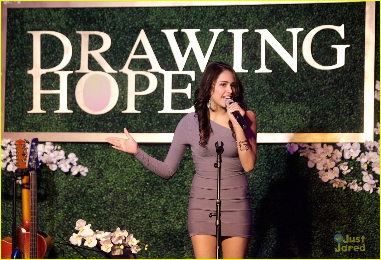 jasmine v drawing hope gala 04
