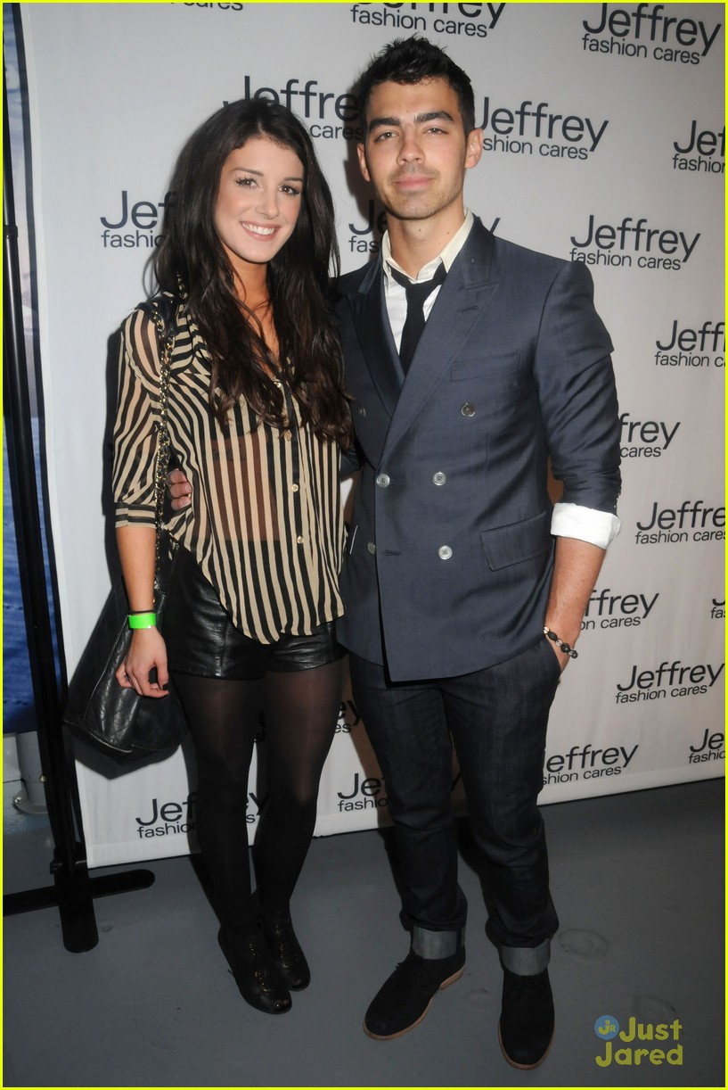 joe jonas shenae grimes jeffrey fashion 01