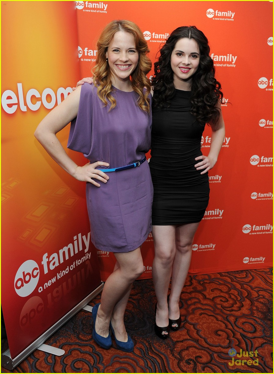 katie vanessa abcfamily upfronts 09